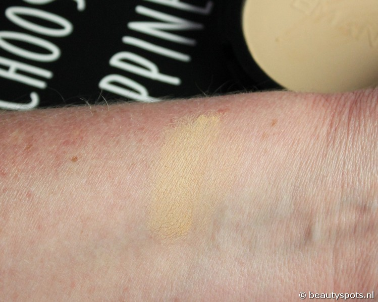 Emani Flawless Matte Compact Foundation