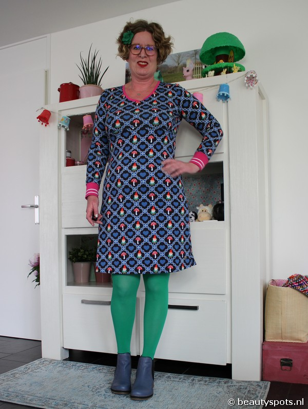 Tante Betsy Dress Suze Gnome Love