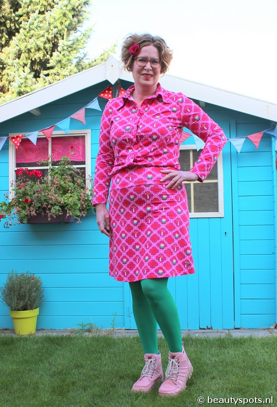 Tante Betsy Gnome Love Pink