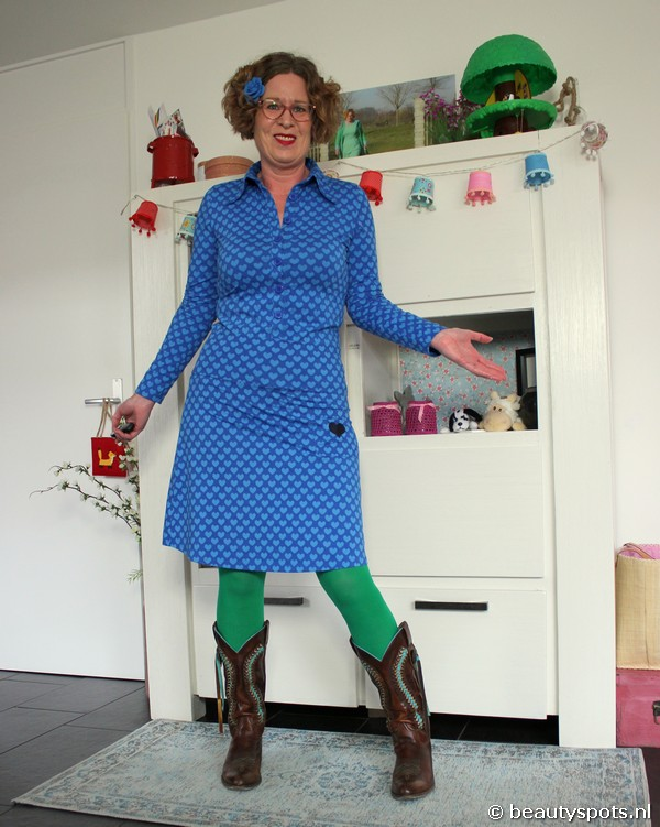 Tante Betsy Button Shirt en Skirt Hearts Blue