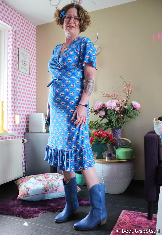 Tante Betsy Hippie Dress Cherrie in Blossom
